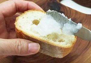 パンにココナッツオイル