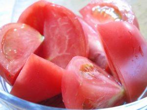 トマトで日焼けの逆パンダ対策