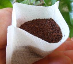 シューズクロークの臭い対策はコーヒーで