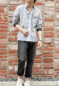 背が低い男性の夏の服装