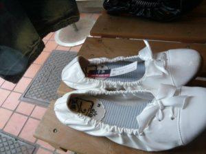 中古の靴と白癬菌