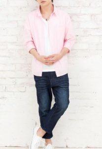 ピンクのブロードシャツで秋の合コン