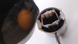 卵を茹でた後のお湯をコーヒーに使う