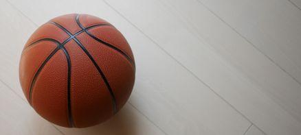 バスケットボールの空気の抜き方