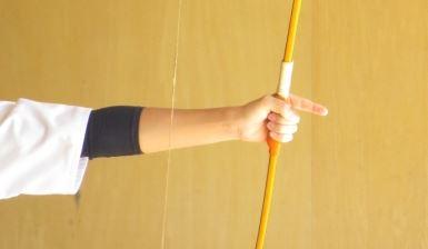 弓道参段と弓返り