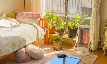 部屋の中より外のほうが暖かい理由と対策