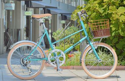 小さくてオシャレな前カゴ付きの自転車