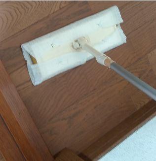 部屋にほこりが舞うのを防ぐ掃除習慣