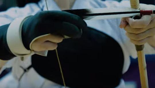 ゆっくりゴム弓で射型の癖を改善する方法