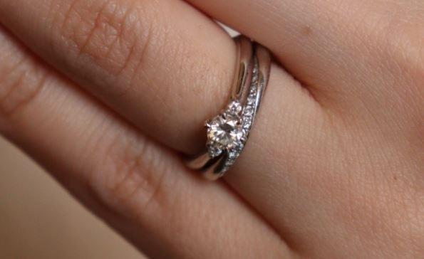 プロポーズしたいけど指輪のサイズがわからない!フラワージュエリーがおすすめの理由